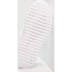 Puma TSUGI APEX Tenisówki i Trampki white. Białe trampki dziewczęce Puma, z materiału. Za 419,00 zł.