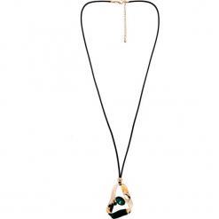Złoty naszyjnik z zielonym oczkiem QUIOSQUE. Zielone naszyjniki damskie QUIOSQUE, złote. W wyprzedaży za 49,99 zł.