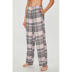 Dkny - Spodnie piżamowe. Szare piżamy damskie DKNY, l, z materiału. W wyprzedaży za 239,90 zł.