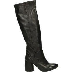 Kozaki - 170303 NERO. Czarne buty zimowe damskie marki Venezia, z materiału, na obcasie. Za 699,00 zł.