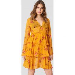 NA-KD Boho Sukienka z długim rękawem - Orange. Niebieskie sukienki boho marki NA-KD Boho, na imprezę, w koronkowe wzory, z koronki, na ramiączkach, mini. Za 121,95 zł.