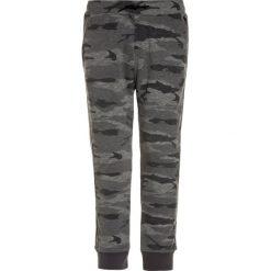Abercrombie & Fitch Spodnie treningowe grey. Szare spodnie chłopięce Abercrombie & Fitch, z bawełny. Za 179,00 zł.