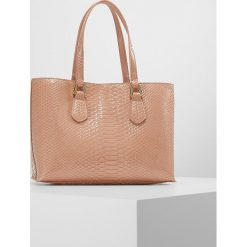 Shopper bag damskie: Emporio Armani BORSA TRACOLLA SNAKE SHOPPER Torebka cipria