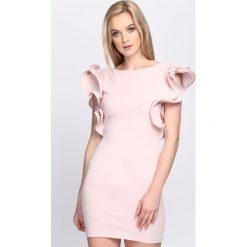 Różowa Sukienka Violet Garden. Różowe sukienki letnie marki numoco, l, z dekoltem w łódkę, oversize. Za 94,99 zł.