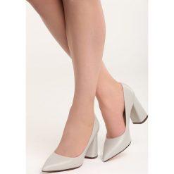 Szare Czółenka Night With Me. Szare buty ślubne damskie Born2be, ze szpiczastym noskiem. Za 79,99 zł.