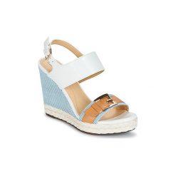 Sandały Geox  JANIRA E. Białe sandały damskie Geox. Za 370,30 zł.