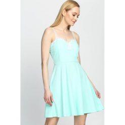 Miętowa Sukienka Lace Dress. Zielone sukienki mini marki Born2be, na lato, s. Za 74,99 zł.