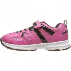 """Sneakersy """"Top Fly"""" w kolorze różowo-czarnym. Czarne bluzki dziewczęce marki geox kids, z gumy. W wyprzedaży za 107,95 zł."""