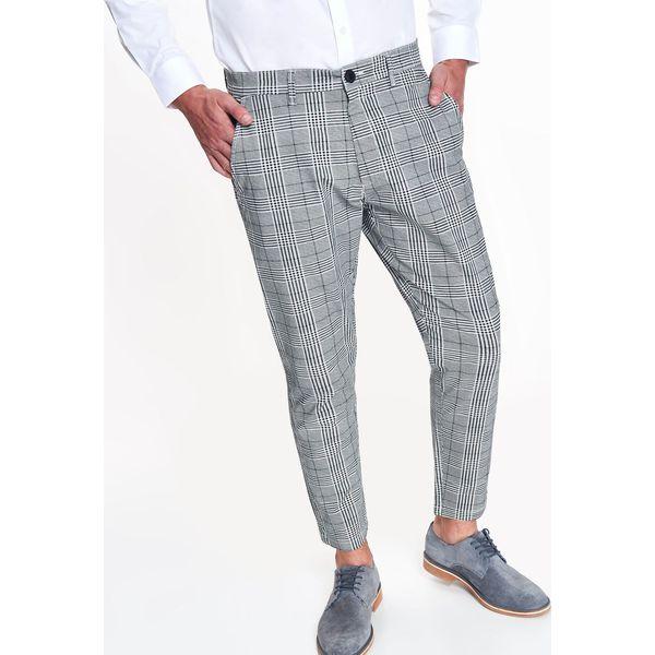 58e437bbfd SPODNIE MĘSKIE W KRATĘ - Szare spodnie męskie wizytowe Top Secret ...