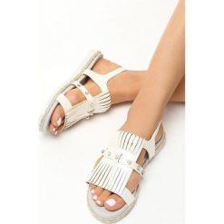 Beżowe Sandały Tendril. Brązowe sandały damskie marki NEWFEEL, z gumy. Za 49,99 zł.