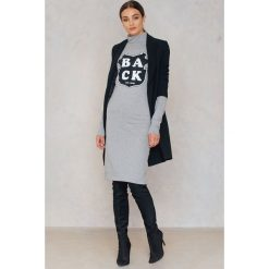 Sukienki dzianinowe: BACK Sukienka z nadrukiem – Grey