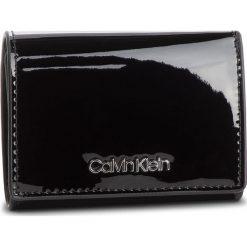 Mały Portfel Damski CALVIN KLEIN - Small Wallet P K60K604960 001. Czarne portfele damskie Calvin Klein, ze skóry ekologicznej. Za 229,00 zł.