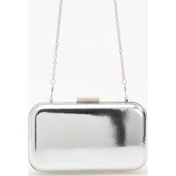 Torby i plecaki: Srebrna kopertówka na łańcuszku - Srebrny