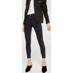 Mango - Jeansy Jane2. Szare jeansy damskie rurki marki Mango, z podwyższonym stanem. Za 79,90 zł.