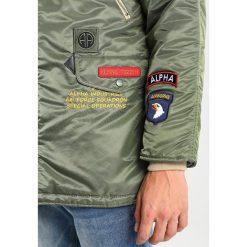 Alpha Industries Płaszcz zimowy sage green. Zielone płaszcze zimowe męskie marki Alpha Industries, m, z materiału. Za 1089,00 zł.