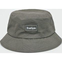 True Spin - Kapelusz Plain Buckets. Szare kapelusze męskie True Spin, z bawełny. W wyprzedaży za 59,90 zł.