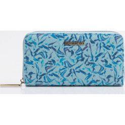 Portfele damskie: Kolorowy portfel z wzorem
