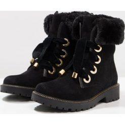 Gioseppo Botki sznurowane black. Czarne buty zimowe damskie Gioseppo, z materiału, na sznurówki. W wyprzedaży za 254,25 zł.