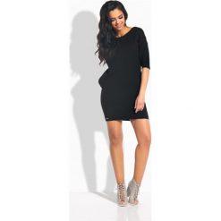 Sportowa sukienka z wiązaniem z tyłu czarna LILLIAN. Czarne sukienki hiszpanki Lemoniade, sportowe, dopasowane. Za 68,88 zł.