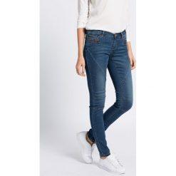 Noisy May - Jeansy. Niebieskie jeansy damskie rurki marki Sinsay, z podwyższonym stanem. W wyprzedaży za 59,90 zł.