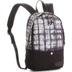 Plecak EASTPAK - Dee EK61C Superb Squarefo 42Q. Czarne plecaki damskie Eastpak, z materiału, sportowe. W wyprzedaży za 189,00 zł.