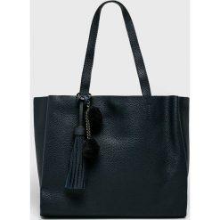 Answear - Torebka. Czarne torebki klasyczne damskie marki ANSWEAR, z materiału, duże. W wyprzedaży za 119,90 zł.