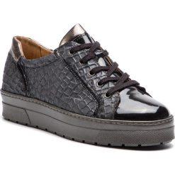 Sneakersy CAPRICE - 9-23700-21 Black Structur 039. Czarne sneakersy damskie Caprice, z lakierowanej skóry. W wyprzedaży za 239,00 zł.