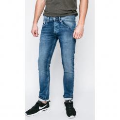 Pepe Jeans - Jeansy. Niebieskie jeansy męskie regular Pepe Jeans. W wyprzedaży za 349,90 zł.