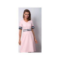 Różowa sukienka JUST LOOK I. Zielone sukienki na komunię marki Soleil, na co dzień, xs, z dekoltem w łódkę, dopasowane. Za 386,00 zł.