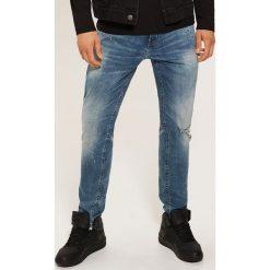 Jeansy slim fit - Niebieski. Niebieskie jeansy męskie relaxed fit House, z jeansu. Za 129,99 zł.