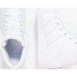 Adidas Originals STAN SMITH MID J Tenisówki i Trampki wysokie footwear white. Białe tenisówki męskie marki adidas Originals, z materiału. W wyprzedaży za 194,35 zł.