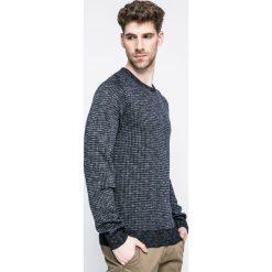 Trussardi Jeans - Sweter. Szare swetry klasyczne męskie marki Trussardi Jeans, l, z bawełny, z okrągłym kołnierzem. W wyprzedaży za 299,90 zł.