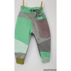 PATCH PANTS spodnie 104 - 152 cm szary & mięta. Szare spodnie dresowe dziewczęce Pakamera, z dresówki. Za 109,00 zł.