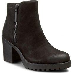 Botki VAGABOND - Grace 4228-350-20 Black. Czarne buty zimowe damskie marki Vagabond, z materiału, na obcasie. W wyprzedaży za 269,00 zł.