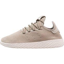 Adidas Originals PW TENNIS HU Tenisówki i Trampki  tech beige/chalk white. Zielone trampki chłopięce marki adidas Originals, z materiału. Za 379,00 zł.