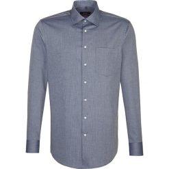 Koszule męskie na spinki: Koszula – Modern fit – w kolorze granatowym