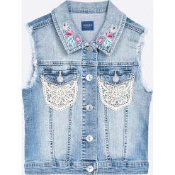 Guess Jeans - Bezrękawnik dziecięcy 118-175 cm. Szare kurtki dziewczęce przeciwdeszczowe marki Mango Kids, z bawełny. W wyprzedaży za 219,90 zł.