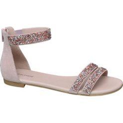 Sandały damskie Graceland różowe. Czerwone rzymianki damskie Graceland, w paski, z materiału, na obcasie. Za 89,90 zł.