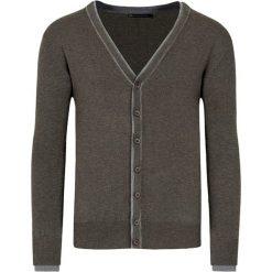 Swetry rozpinane męskie: Kardigan w kolorze brązowym