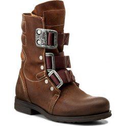 Kozaki FLY LONDON - Stif P141941023 Brown. Brązowe buty zimowe damskie marki Fly London, ze skóry, na obcasie. W wyprzedaży za 419,00 zł.