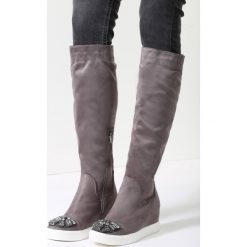 Szare Kozaki Harder They Come. Czarne buty zimowe damskie marki Born2be, z materiału, z okrągłym noskiem, na niskim obcasie, na koturnie. Za 89,99 zł.