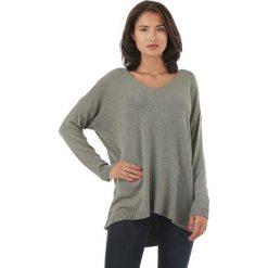 Sweter w kolorze khaki. Brązowe swetry klasyczne damskie marki L'étoile du cachemire, z kaszmiru. W wyprzedaży za 129,95 zł.