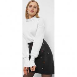 Lekki sweter z półgolfem. Brązowe swetry oversize damskie Orsay, xs, z bawełny. Za 89,99 zł.