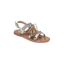 Sandały Minnetonka  BLAIRE. Brązowe sandały damskie Minnetonka. Za 370,30 zł.