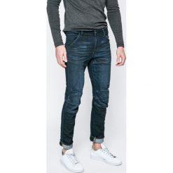 G-Star Raw - Jeansy 5620. Szare jeansy męskie G-Star RAW, z jeansu. W wyprzedaży za 339,90 zł.