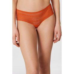 Samsoe & Samsoe Figi Marilyn 9702 - Orange. Pomarańczowe biustonosze koronkowe Samsøe & Samsøe, w koronkowe wzory. W wyprzedaży za 60,98 zł.