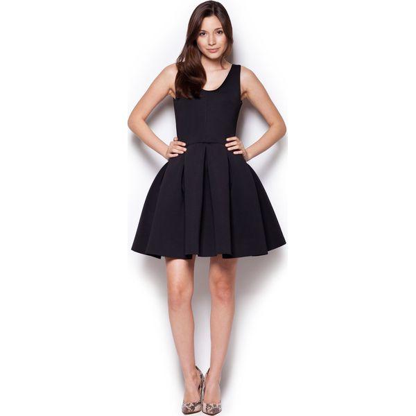 c67065baa808f Czarna Rozkloszowana Sukienka Mini z Dekoltem V na Plecach - Czarne ...