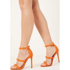 Missguided - Sandały. Szare sandały damskie marki Missguided, z materiału, na obcasie. W wyprzedaży za 59,90 zł.