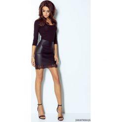 SPÓDNICA VALERIA czarny. Czarne spódniczki ołówkowe Pakamera, w koronkowe wzory, z koronki, sportowe. Za 99,00 zł.