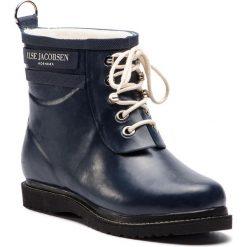 Kalosze ILSE JACOBSEN - RUB2 Dark Indigo 660. Brązowe buty zimowe damskie marki Alma en Pena, z materiału, na obcasie. W wyprzedaży za 409,00 zł.